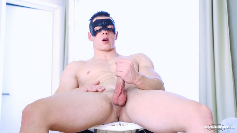 Maskurbate-Sexy-young-muscle-hunk-Peter-Lipnik-strips-naked-jerks-huge-dick-massive-cum-shot-big-muscled-stud-wanking-jerkoff-001-gay-porn-sex-gallery-pics-video-photo