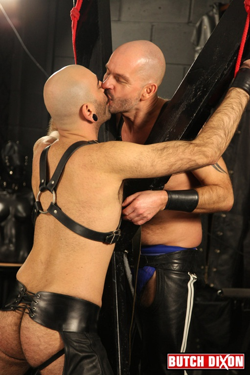Leather-clad-Dan-Ryder-Hairy-bear-Mo-Hammer-001-Ripped-Muscle-Bodybuilder-Strips-Naked-and-Strokes-His-Big-Hard-Cock-for-at-Butch-Dixon-photo1