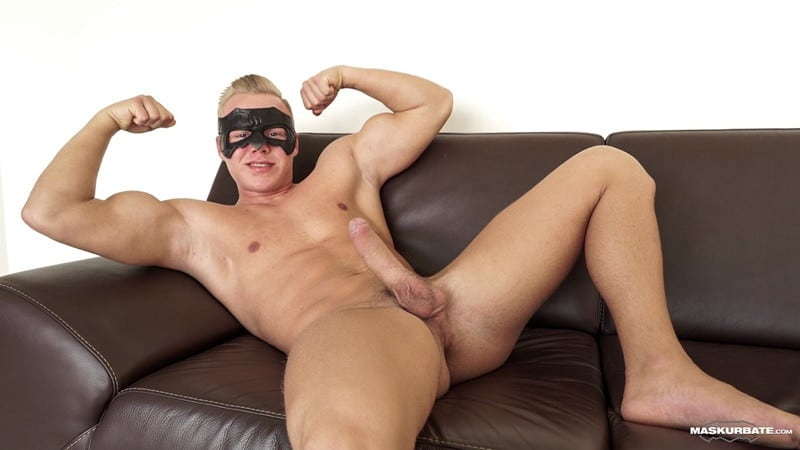 Maskurbate-Sexy-blond-Mickey-mask-jerking-huge-cock-ripped-muscle-guy-001-gallery-video-photo