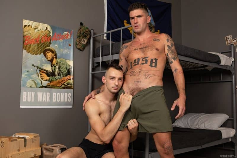 Johnny-B-II-hot-ass-bareback-fucked-inked-muscle-army-dude-Chris-Damned-001-gay-porn-pics