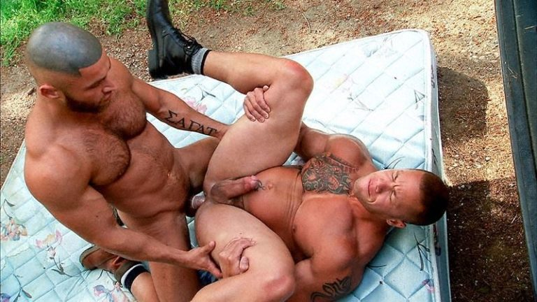 Titan-Men-sexy-muscle-dude-Francois-Sagat-tight-hole-fucked-huge-muscled-hunk-Matthew-Rush-big-erect-cock-001-gay-porn-pics