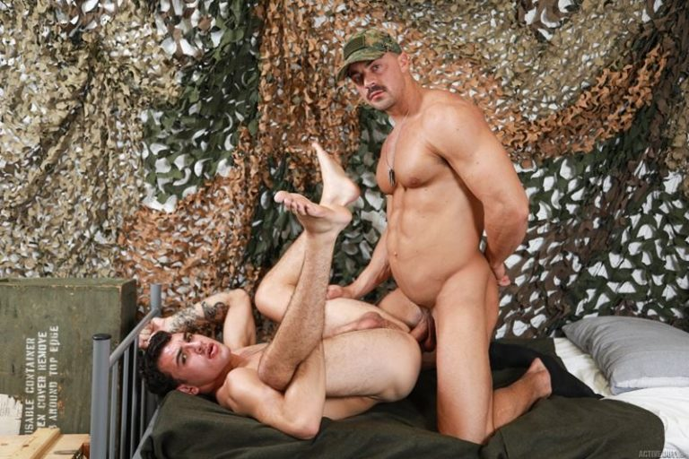 Active-Duty-sexy-young-army-recruit-Daniel-Greene-tight-bubble-butt-bare-fucked-muscled-hunk-Alex-James-huge-dick-001-gay-porn-pics