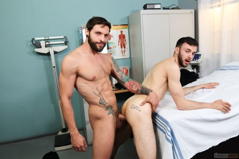 Hot-young-bearded-hunk-Izzy-Danger-hot-asshole-bareback-fucked-Eddie-Danger-huge-cock-Pride-Studios-001-gay-porn-pics