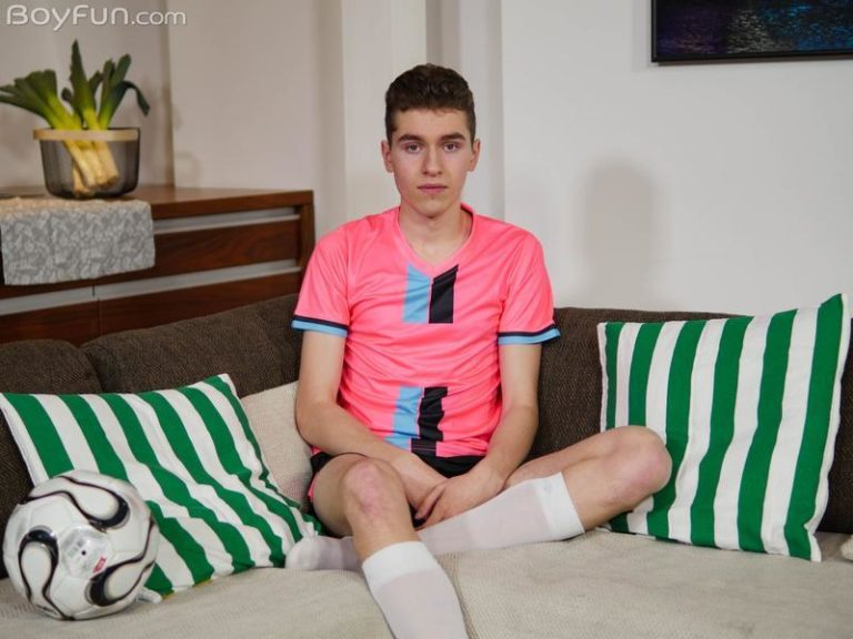 Hottie-young-twink-Liam-Miller-strokes-huge-dick-spraying-jizz-all-over-himself-Boy-Fun-0-image-gay-porn
