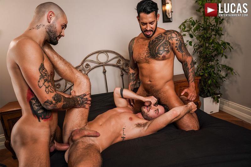 Hung-muscle-hunk-Viktor-Rom-and-Jeffrey-Lloyd-huge-uncut-dicks-double-fucks-Manuel-Reyes-hole-0-gay-porn-pics