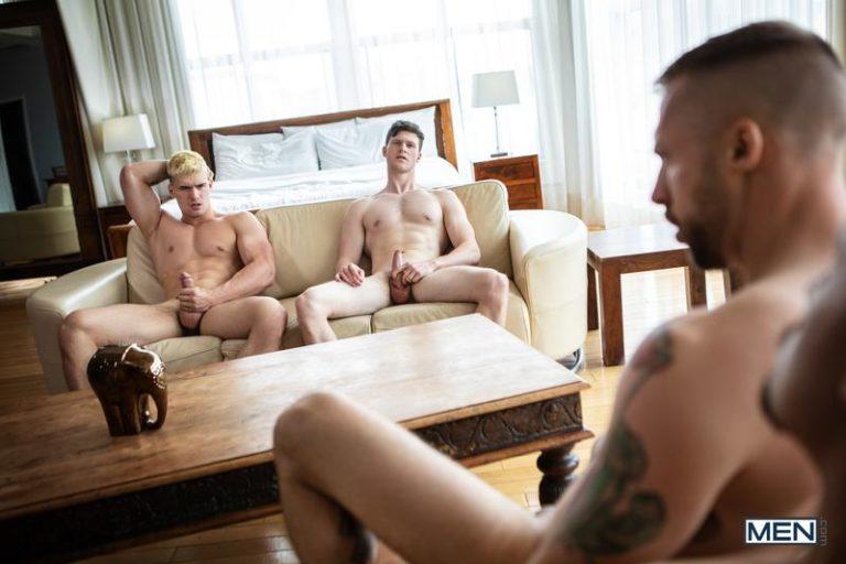 Men-sexy-bald-muscle-hulk-Travis-Connor-hot-asshole-fucked-good-looking-Malik-Delgaty-big-dick-0-image-gay-porn
