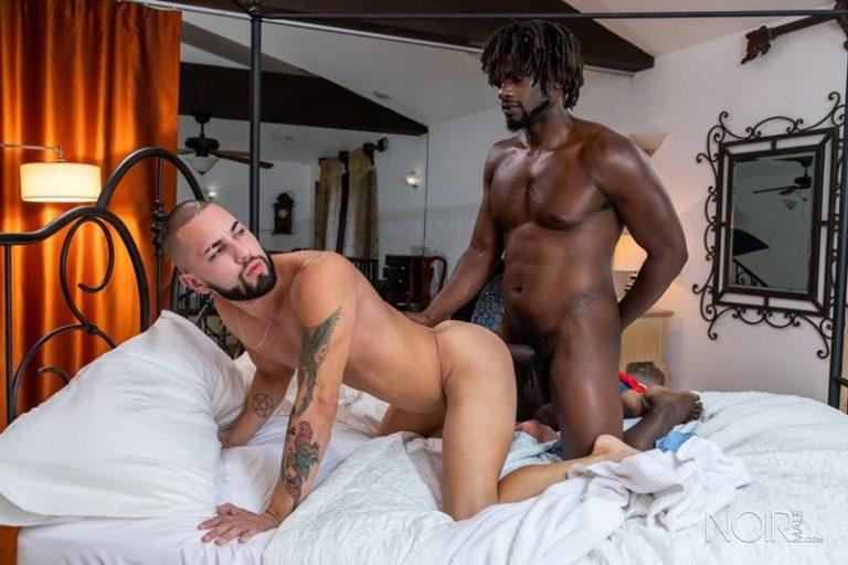 Noir-Male-hottie-young-dude-Gus-Del-Rey-hot-hole-bare-fucked-Devin-Trez-massive-black-dick-001-gay-porn-pics