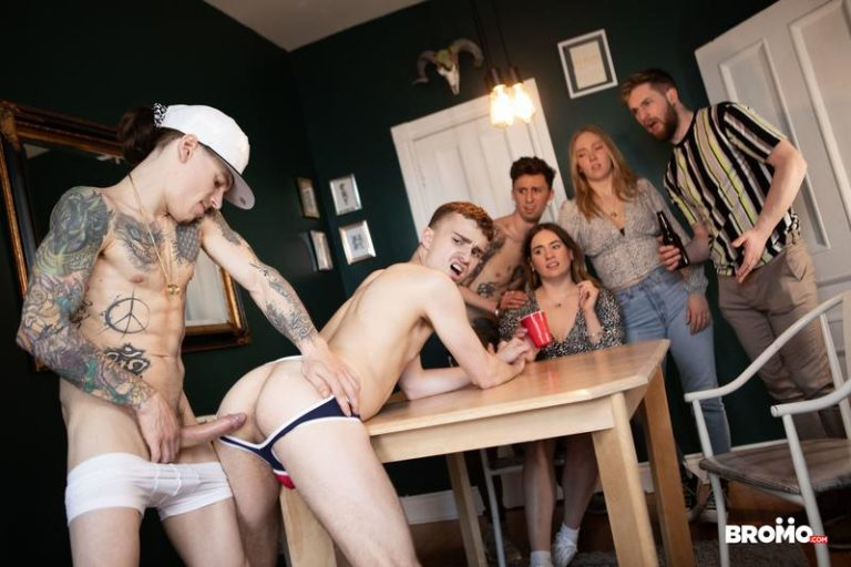 Tattooed-young-muscle-dude-Sunny-D-big-uncut-cock-raw-fucks-cutie-Ryan-Jacobs-Bromo-0-image-gay-porn