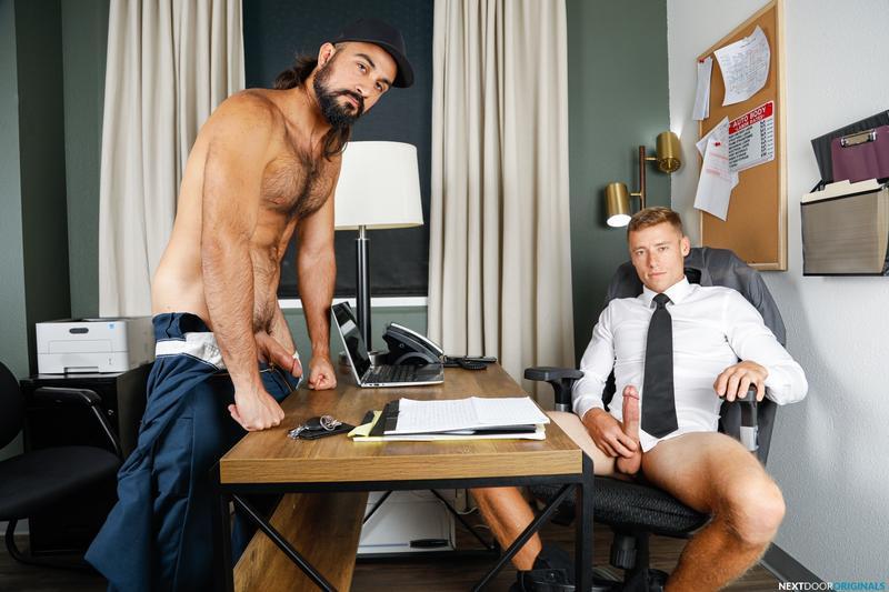 Bearded-sexy-muscle-stud-Mason-Lear-huge-cock-raw-fucking-Justin-Matthews-asshole-Next-Door-Studios-0-image-gay-porn