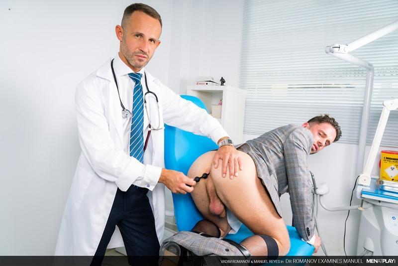 Men-Play-horny-Russian-hunk-Vadim-Romanov-massive-thick-dick-raw-fucking-Manuel-Reyes-hot-hole-0-image-gay-porn