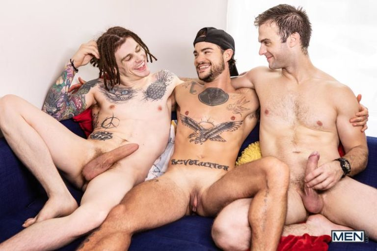 Men-sexy-hunk-Tommy-Tanner-spit-roasted-horny-studs-Sunny-D-Gabriel-Clark-huge-raw-cocks-0-image-gay-porn