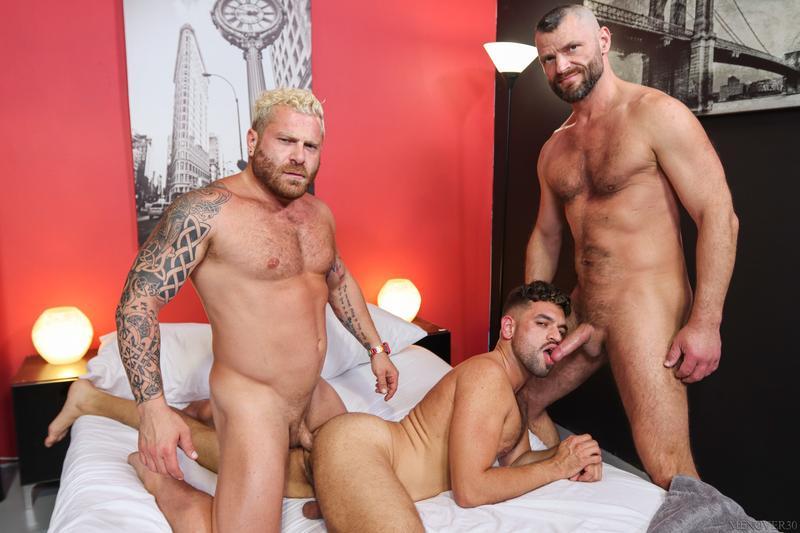 Riley-Mitchel-Jake-Morgan-Justin-Eros-big-dick-flip-flop-anal-fucking-Men-Over-30-0-image-gay-porn